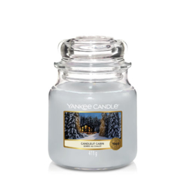 Yankee Candle Medium Jar Candlelit Cabin
