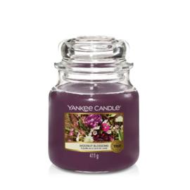 Yankee Candle Medium Jar Moonlit Blossoms