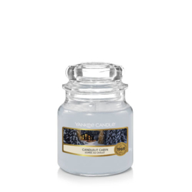Yankee Candle Small Jar Candlelit Cabin
