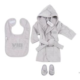VIB Gift Set Grijs (Badjas 62/68, Slabbetje & Slippers)