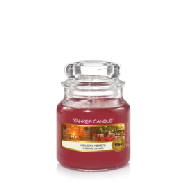Yankee Candle Small Jar Holiday Hearth (PRE-ORDER LEVERING V/A 1 OKT!)