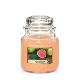 Yankee Candle Medium Jar Delicious Guava