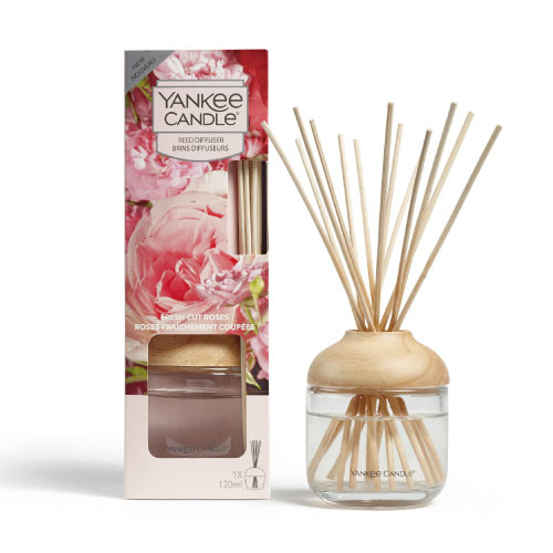 Yankee Candle Reed Diffuser 120ml Fresh Cut Roses