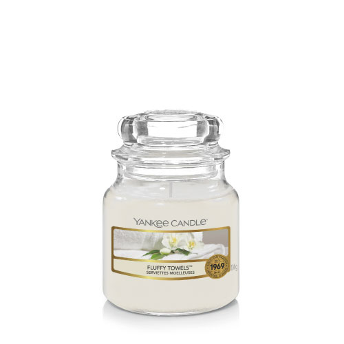 Yankee Candle Small Jar Fluffy Towels