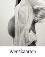 Zwanger / In verwachting kaarten Iemand in blijde verwachting? SwietArts heeft de leukste in verwachting kaarten van Hallmark om te feliciteren met de zwangerschap.