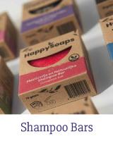 HappySoaps Shampoo Bars zijn 100% (micro)plasticvrij, vegan en uitsluitend vervaardigd van natuurlijke producten die worden geproduceerd in Nederland. De HappySoaps Shampoo Bars zijn goed voor het milieu én je portemonnee. Eén Shampoo Bar staat gelijk aan het gebruik van 3 tot 4 plastic shampooflessen.