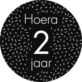 Stickers 'Hoera 2 jaar' 20 stuks