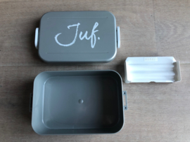 Zilver JUF. Lunchbox Krijt