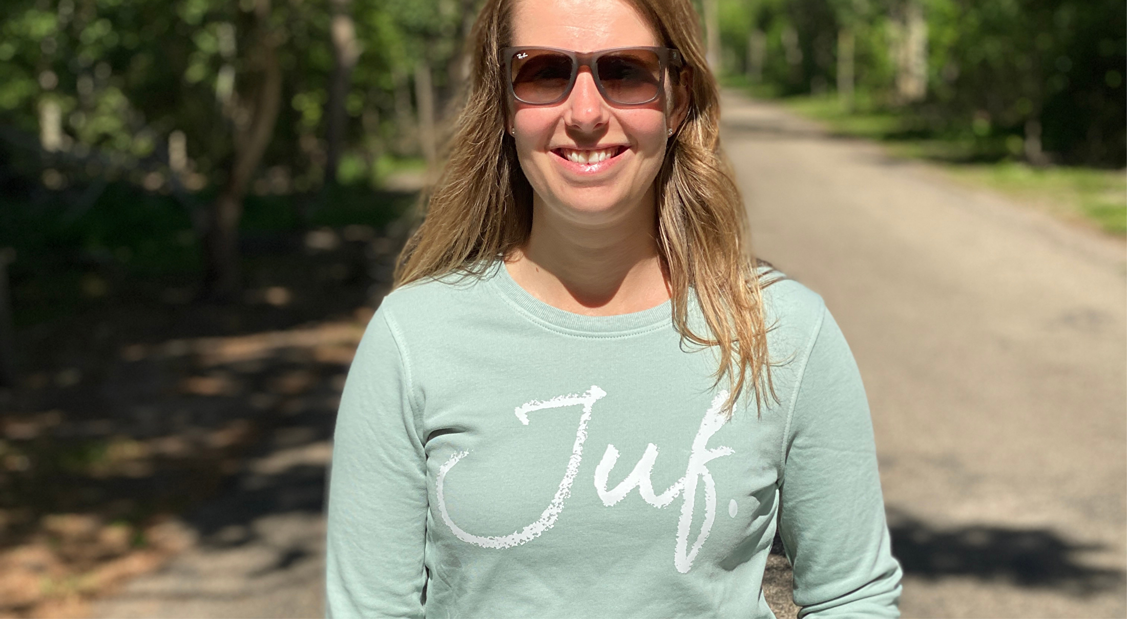 JUF. Sweaters