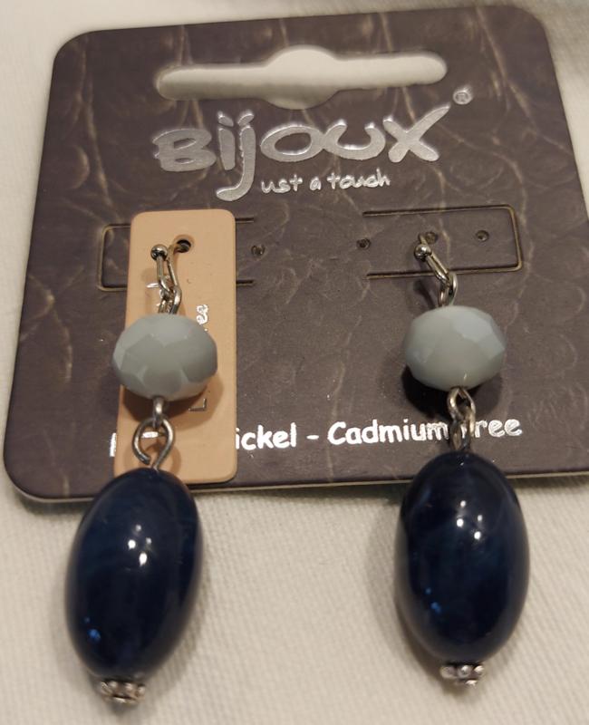 Oorbellen donker blauw