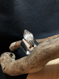 Ruwe Topaas ring