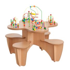 Kralentafel met stoelen