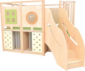 Speelhoek met 2 verdiepingen met compartimenten voor matrassen