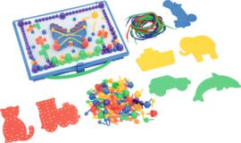 Mozaiekbord met vormen en pins