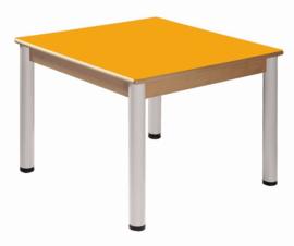 Beukenhouten tafel 80 x 60 cm. verstelbare metalen poten