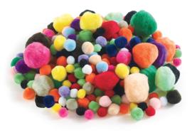 Pompons  assorti  1-5 cm  300 stuks