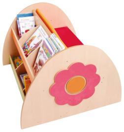 Boekenkast met bank