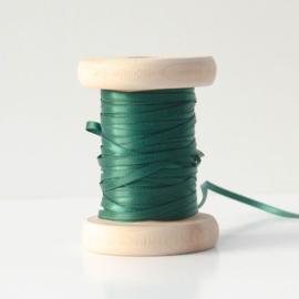 Donkergroen satijnlint 3 mm (per meter)