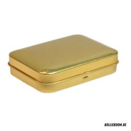 Gouden en koperen rechthoekig doosje