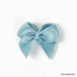 Vaalblauw strikje