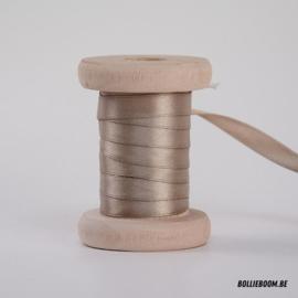 Taupe satijnlint 1cm (per meter)