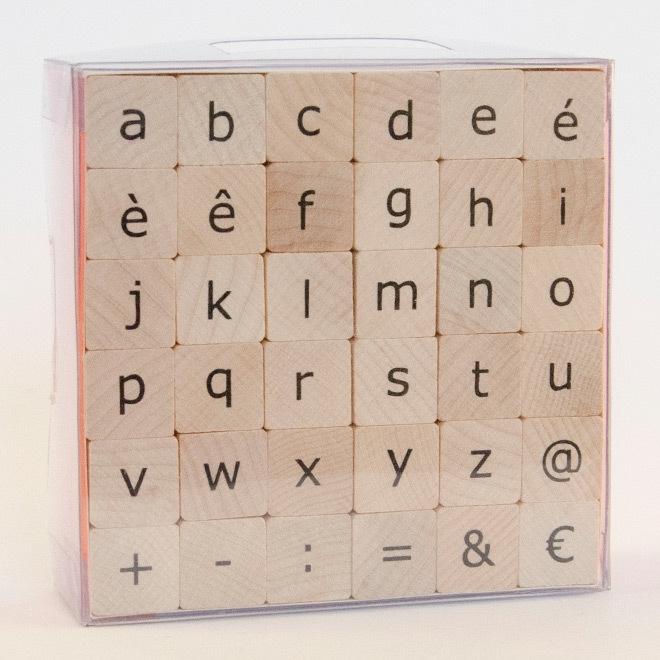 Stempelset: strak alfabet in lowercase: medium