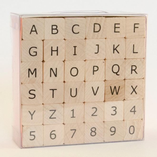 Stempelset: strak alfabet in kapitalen: medium