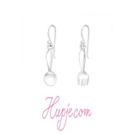 zilveren oorbellen lepel en vork