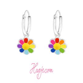 Silberne Kinderohrringe Kreolen Regenbogen Blüte