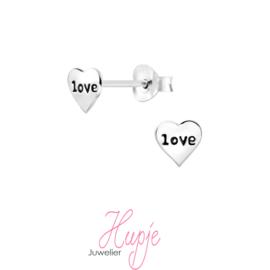 zilveren oorknopjes hartjes LOVE