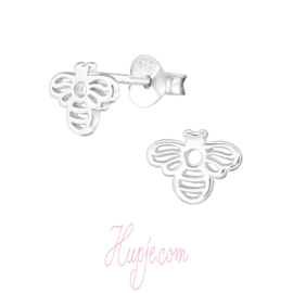 zilveren kinderoorbellen bij