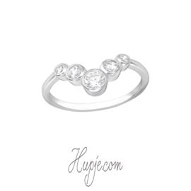 zilveren ring 5 kristallen maat 17