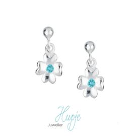 zilveren oorhangers klavertje 4 met blauwe Zirkonia