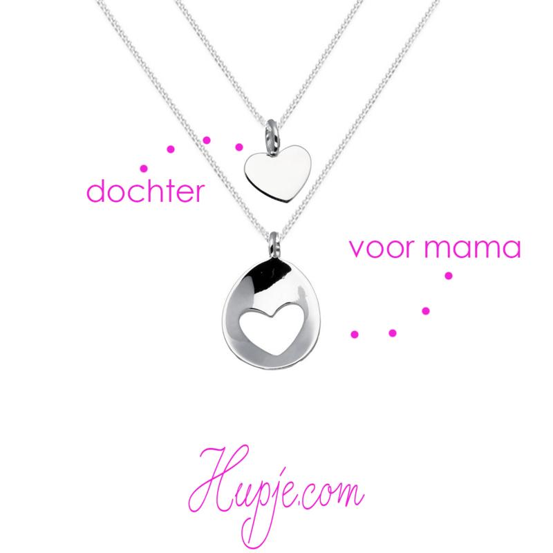 zilveren moeder-dochter set LOVE hart ovaal (set van 2 kettinkjes)