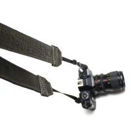 Camerastrap croco army green