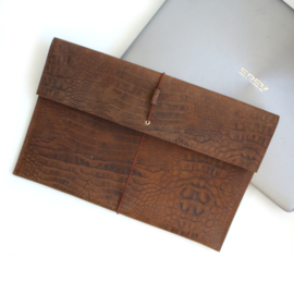 Laptophoes  croco bruin