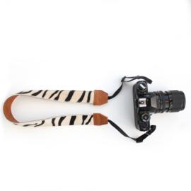 Leren camerariem zebra cognac