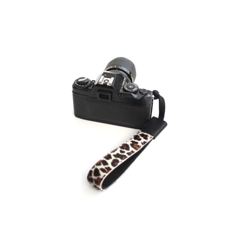 Leather wristband leopard II black