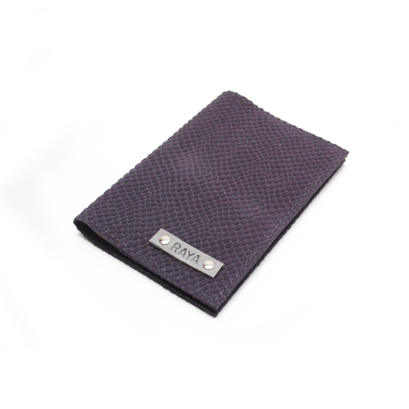 Passport cover - croco paars