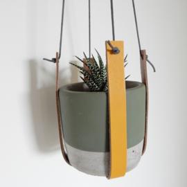 Plantenhanger | Leer | Okergeel