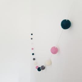 Slinger viltballetjes | Petrol-roze-grijs-ecru
