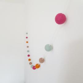 Slinger viltballetjes | Roze-mint-okergeel