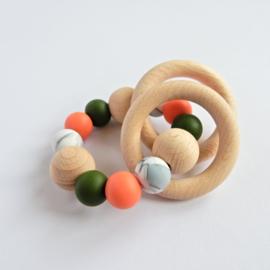 Bijtring   Donkergroen-koraalrood-marble