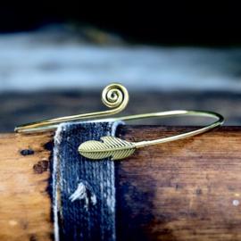 Tribal Bovenarm Feather