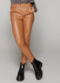 LEATHER LOOK BROEK - SAM - CAMEL