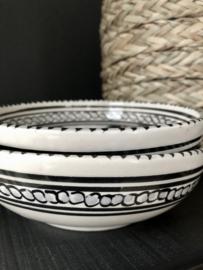 Schaal DINA zwart/wit | aardewerk 15 cm