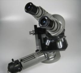 Binocular Biological Microscope met Regeltransformator gebruikt uit lab