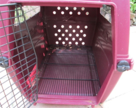 Hondenbench Kwaliteit Kunsstof Demontabel Voor Jonge Pup z.g.a.n.