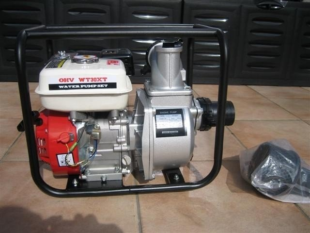 Vuilwaterpomp nieuw, met Benzinemotor