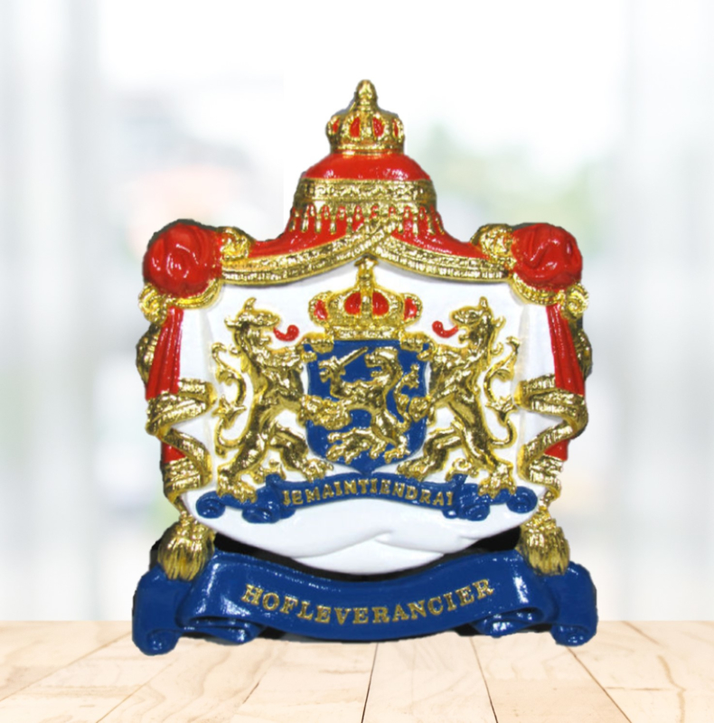 Gilded Coat of Arms - Hofleverancier Cast iron